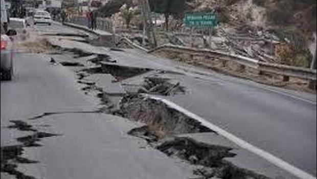 Roads_tears_Nepal_Earthquake