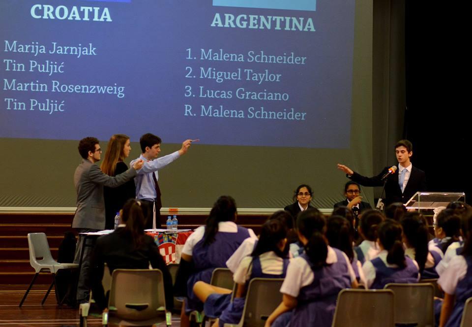HR učenici - svjetsko prvenstvo u debati