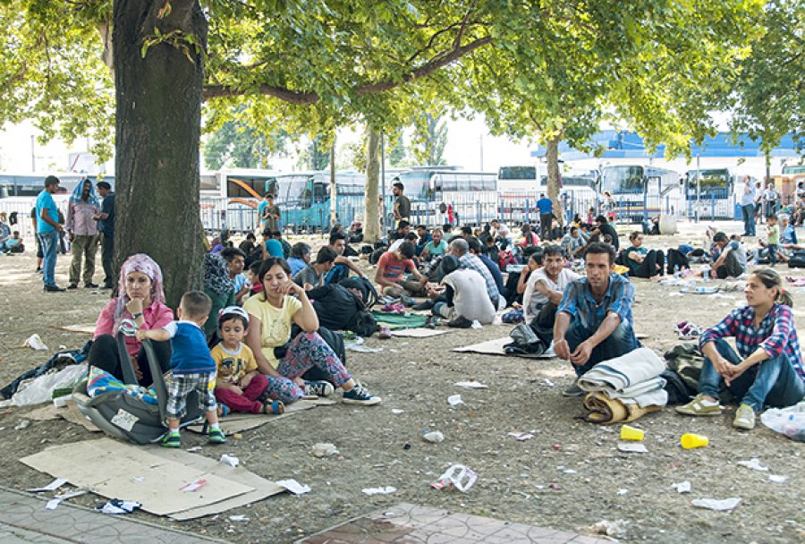 migranti-izbeglice-beograd-autobuska-stanica-foto-stefan-jokic-1438725575-714025