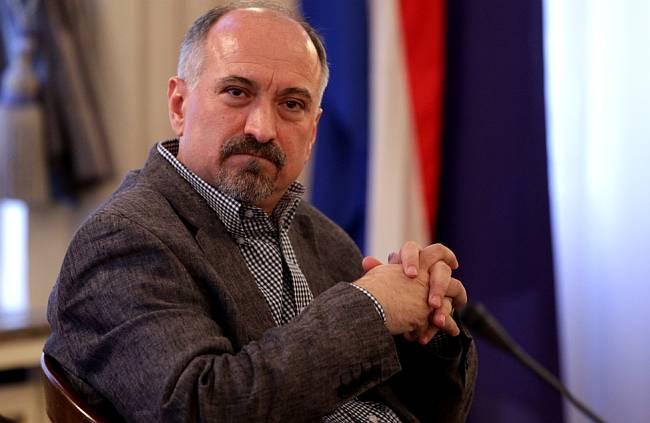 Novinarska srijeda na temu 'Tko æe biti novi predsjednik/predsjednica HND-a?'