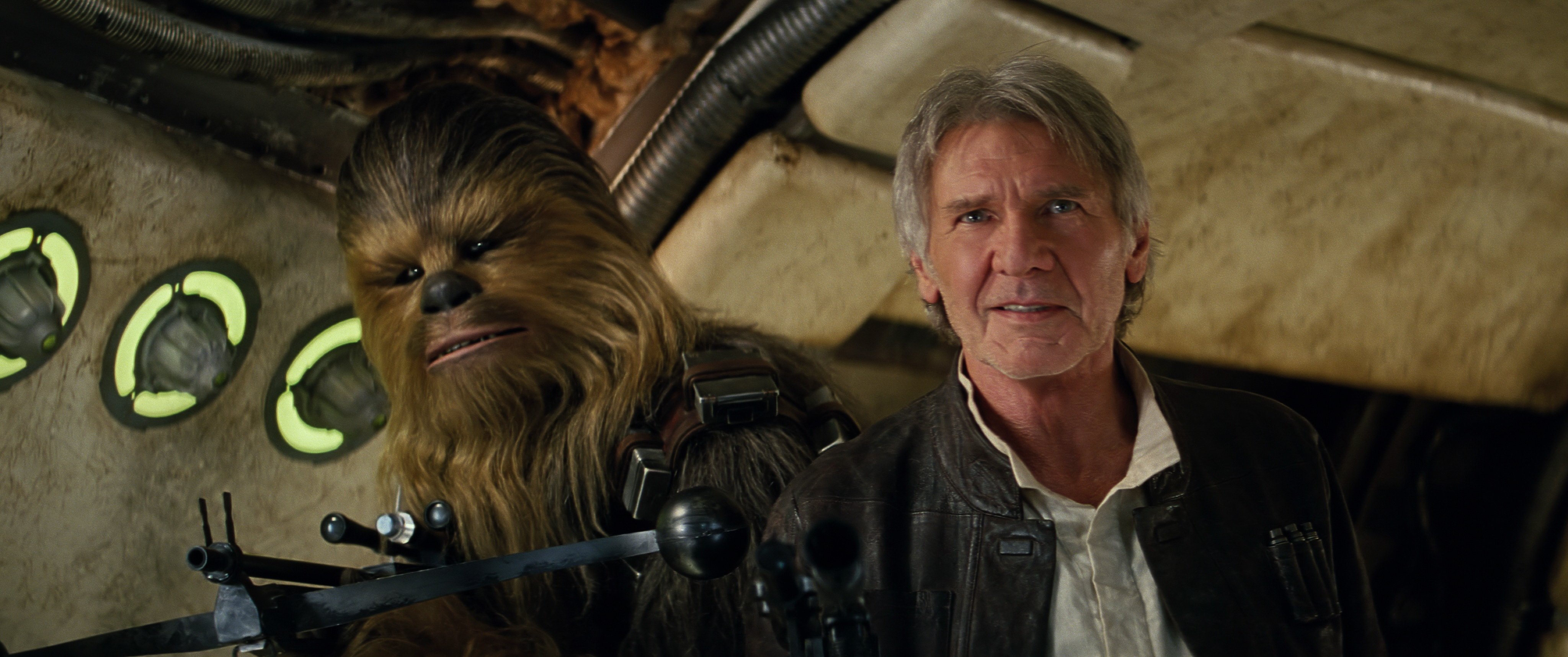 Star Wars: The Force Awakens..L to R: Chewbacca (Peter Mayhew) and Han Solo (Harrison Ford)..Ph: Film Frame..?Lucasfilm 2015