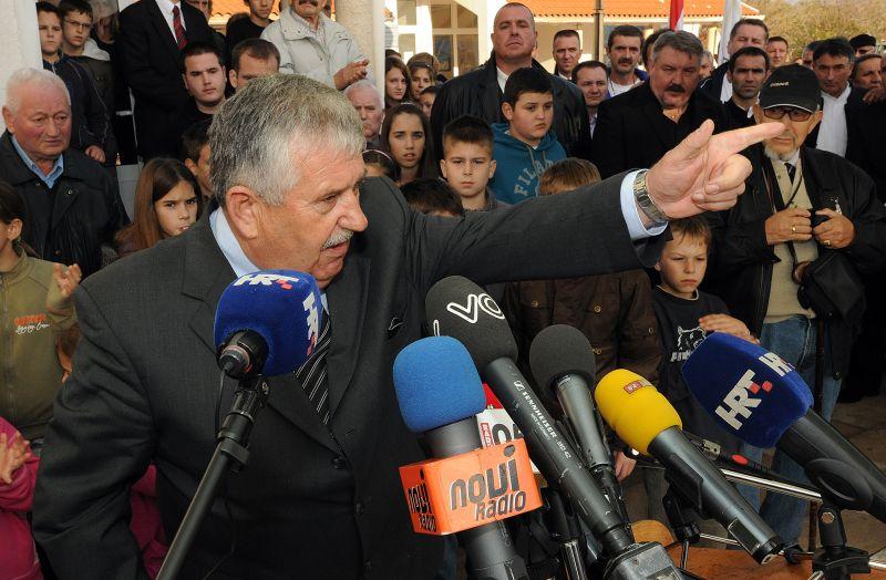 skabrnja, 18.11.2010. - 19. godisnjica pokolja u skabrnji - marko miljanic