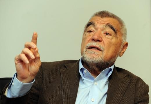 Zagreb,23.11.2012 (novosti) - Stjepan Mesic, uz intervju B.Pavelica foto Davor Kovacevic novosti