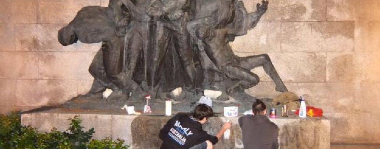 BRANITELJI NOVSKE PROSVJEDOVALI PROTIV OBNOVE PARTIZANSKIH SPOMENIKA