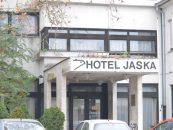 PRODAJE SE HOTEL JASKA