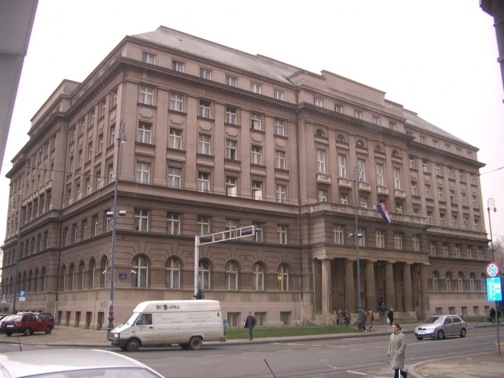 Sindikalnom Povjereniku Dr Zujicu Zabranjen Ulaz U Polikliniku