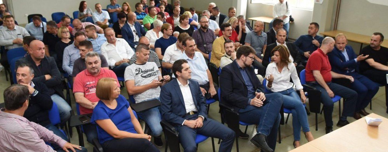 I SISAČKA ČELNICA SDP-a ŽELI ŽURNO RUŠENJE BERNARDIĆA